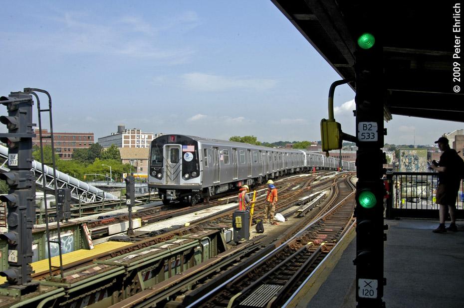 (221k, 930x618)<br><b>Country:</b> United States<br><b>City:</b> New York<br><b>System:</b> New York City Transit<br><b>Line:</b> BMT Culver Line<br><b>Location:</b> Ditmas Avenue <br><b>Route:</b> F<br><b>Car:</b> R-160A (Option 1) (Alstom, 2008-2009, 5 car sets)  9477 <br><b>Photo by:</b> Peter Ehrlich<br><b>Date:</b> 7/22/2009<br><b>Notes:</b> Outbound<br><b>Viewed (this week/total):</b> 0 / 1417