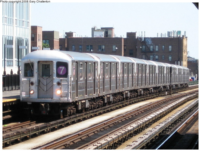 (169k, 820x620)<br><b>Country:</b> United States<br><b>City:</b> New York<br><b>System:</b> New York City Transit<br><b>Line:</b> IRT Flushing Line<br><b>Location:</b> 82nd Street/Jackson Heights <br><b>Route:</b> 7<br><b>Car:</b> R-62A (Bombardier, 1984-1987)  1725 <br><b>Photo by:</b> Gary Chatterton<br><b>Date:</b> 8/31/2008<br><b>Viewed (this week/total):</b> 3 / 1263