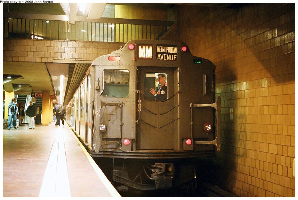 (287k, 1044x699)<br><b>Country:</b> United States<br><b>City:</b> New York<br><b>System:</b> New York City Transit<br><b>Line:</b> IND Queens Boulevard Line<br><b>Location:</b> Jamaica Center/Parsons-Archer <br><b>Route:</b> Fan Trip<br><b>Car:</b> R-7A (Pullman, 1938)  1575 <br><b>Photo by:</b> John Barnes<br><b>Date:</b> 11/9/2003<br><b>Viewed (this week/total):</b> 4 / 2031