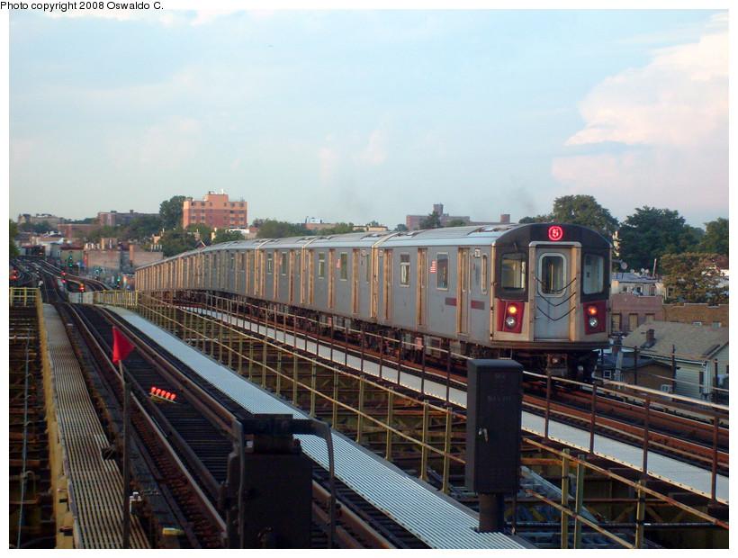 (220k, 820x620)<br><b>Country:</b> United States<br><b>City:</b> New York<br><b>System:</b> New York City Transit<br><b>Line:</b> IRT White Plains Road Line<br><b>Location:</b> Gun Hill Road <br><b>Route:</b> 5<br><b>Car:</b> R-142 (Primary Order, Bombardier, 1999-2002)  6730 <br><b>Photo by:</b> Oswaldo C.<br><b>Date:</b> 9/3/2008<br><b>Viewed (this week/total):</b> 3 / 2352