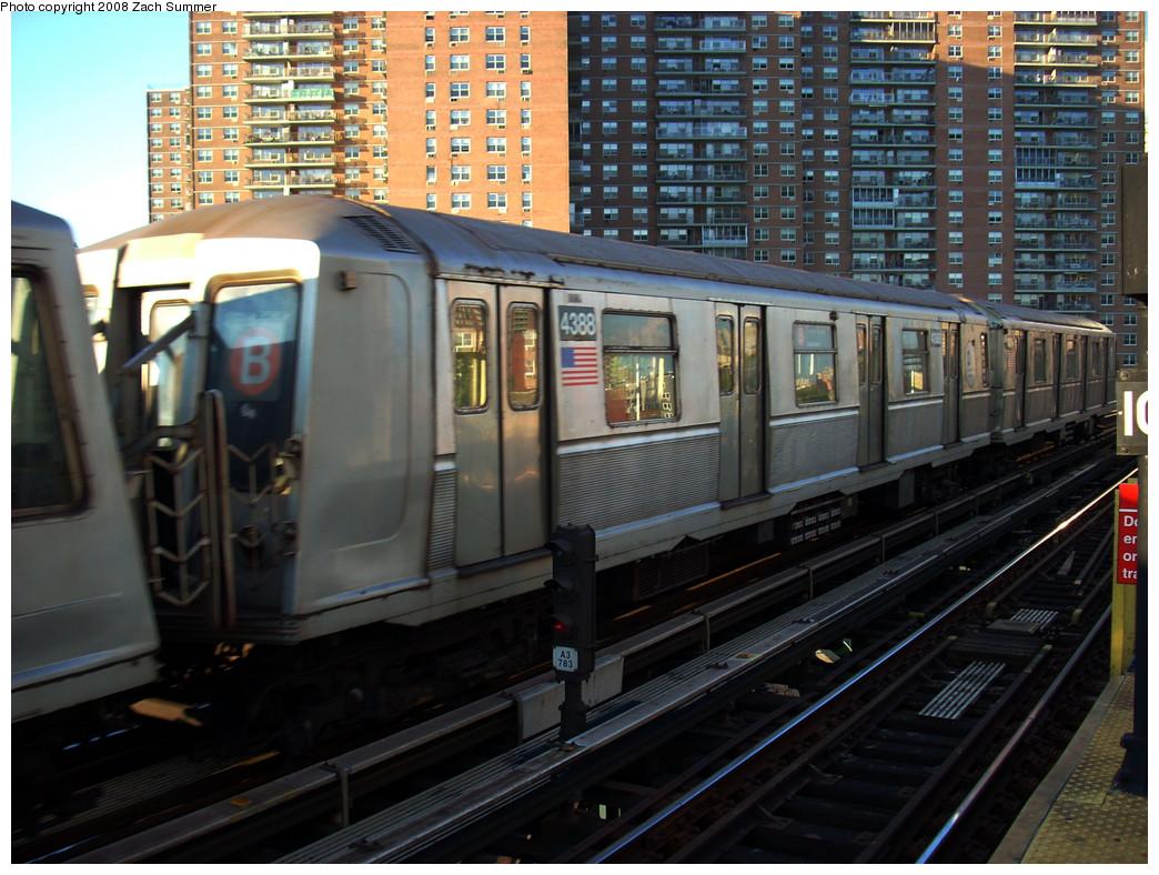 (301k, 1044x788)<br><b>Country:</b> United States<br><b>City:</b> New York<br><b>System:</b> New York City Transit<br><b>Line:</b> BMT Brighton Line<br><b>Location:</b> West 8th Street <br><b>Route:</b> B Yard move<br><b>Car:</b> R-40 (St. Louis, 1968)  4388 <br><b>Photo by:</b> Zach Summer<br><b>Date:</b> 8/1/2008<br><b>Viewed (this week/total):</b> 3 / 1375