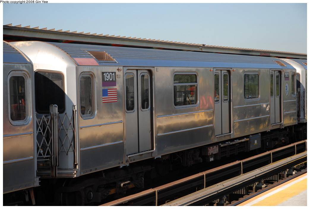 (199k, 1044x705)<br><b>Country:</b> United States<br><b>City:</b> New York<br><b>System:</b> New York City Transit<br><b>Line:</b> IRT Flushing Line<br><b>Location:</b> Willets Point/Mets (fmr. Shea Stadium) <br><b>Route:</b> 7<br><b>Car:</b> R-62A (Bombardier, 1984-1987)  1901 <br><b>Photo by:</b> Gin Yee<br><b>Date:</b> 9/8/2008<br><b>Viewed (this week/total):</b> 4 / 1365