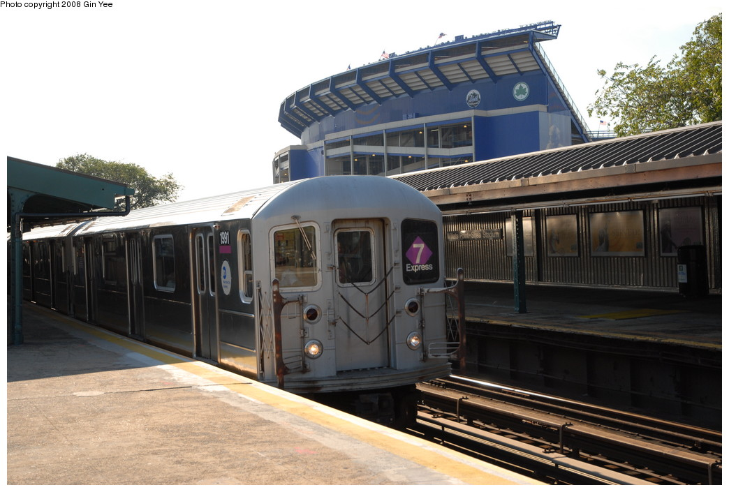 (223k, 1044x705)<br><b>Country:</b> United States<br><b>City:</b> New York<br><b>System:</b> New York City Transit<br><b>Line:</b> IRT Flushing Line<br><b>Location:</b> Willets Point/Mets (fmr. Shea Stadium) <br><b>Route:</b> 7<br><b>Car:</b> R-62A (Bombardier, 1984-1987)  1991 <br><b>Photo by:</b> Gin Yee<br><b>Date:</b> 9/8/2008<br><b>Viewed (this week/total):</b> 3 / 1499