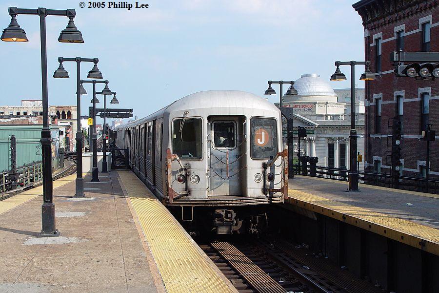 (120k, 900x600)<br><b>Country:</b> United States<br><b>City:</b> New York<br><b>System:</b> New York City Transit<br><b>Line:</b> BMT Nassau Street/Jamaica Line<br><b>Location:</b> Myrtle Avenue <br><b>Route:</b> J<br><b>Car:</b> R-42 (St. Louis, 1969-1970)   <br><b>Photo by:</b> Phillip Lee<br><b>Date:</b> 8/2/2005<br><b>Viewed (this week/total):</b> 0 / 1411