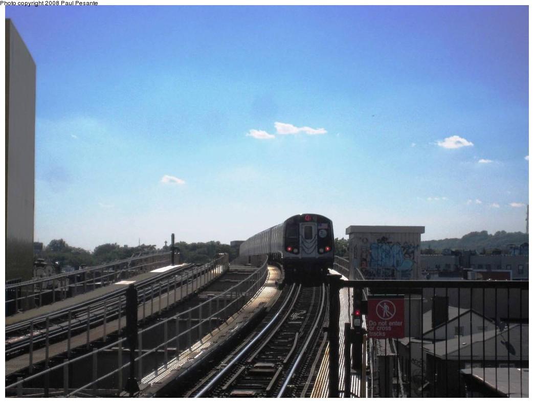 (154k, 1044x788)<br><b>Country:</b> United States<br><b>City:</b> New York<br><b>System:</b> New York City Transit<br><b>Line:</b> BMT Nassau Street/Jamaica Line<br><b>Location:</b> 121st Street <br><b>Route:</b> J<br><b>Car:</b> R-160A-1 (Alstom, 2005-2008, 4 car sets)   <br><b>Photo by:</b> Paul Pesante<br><b>Date:</b> 9/7/2008<br><b>Viewed (this week/total):</b> 0 / 2006