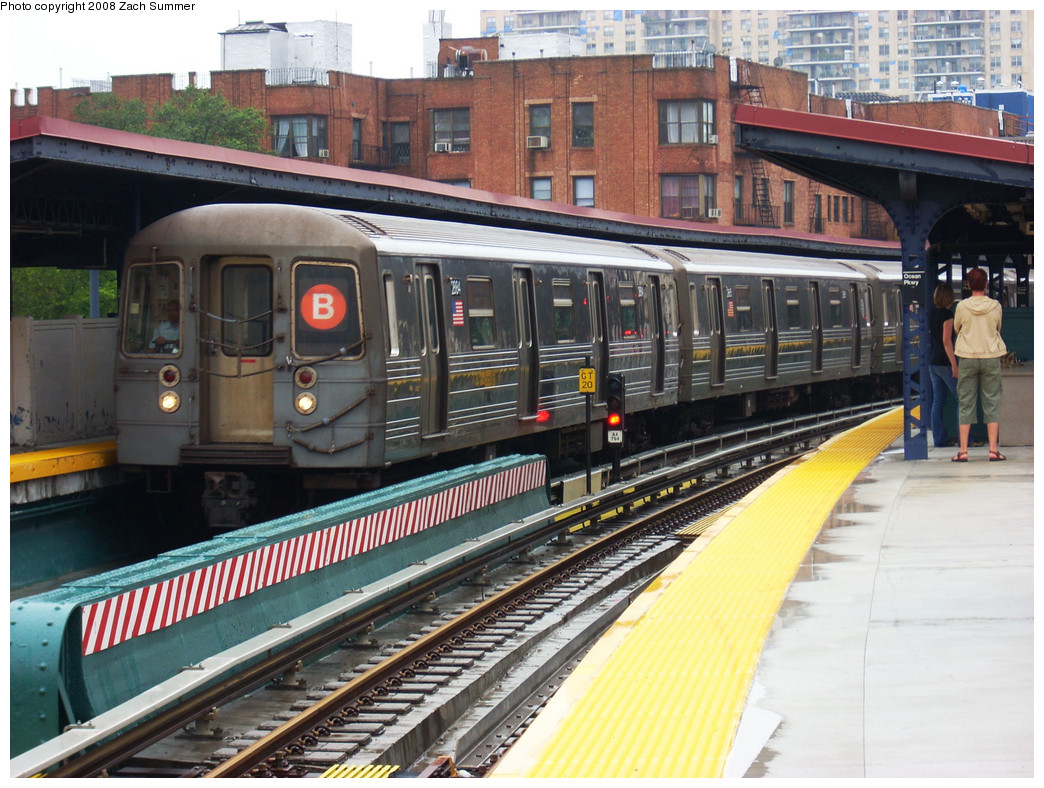 (316k, 1044x788)<br><b>Country:</b> United States<br><b>City:</b> New York<br><b>System:</b> New York City Transit<br><b>Line:</b> BMT Brighton Line<br><b>Location:</b> Ocean Parkway <br><b>Route:</b> B<br><b>Car:</b> R-68 (Westinghouse-Amrail, 1986-1988)  2884 <br><b>Photo by:</b> Zach Summer<br><b>Date:</b> 7/24/2008<br><b>Notes:</b> In Passenger Service; Re-Routed via 4 Av & West End or Sea Beach to Stillwell, then resumed Brighton Line service.<br><b>Viewed (this week/total):</b> 0 / 1980