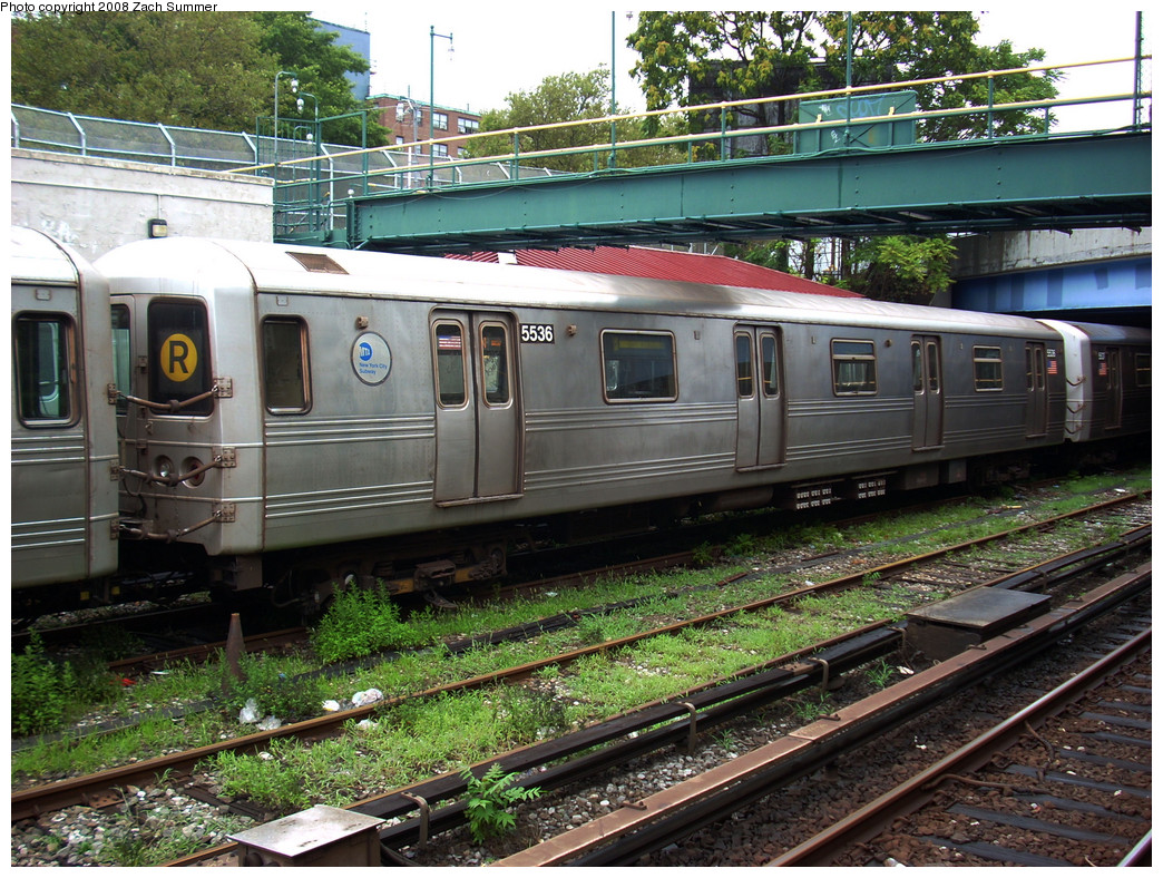 (380k, 1044x788)<br><b>Country:</b> United States<br><b>City:</b> New York<br><b>System:</b> New York City Transit<br><b>Line:</b> BMT Sea Beach Line<br><b>Location:</b> 86th Street <br><b>Route:</b> R Yard Move<br><b>Car:</b> R-46 (Pullman-Standard, 1974-75) 5536 <br><b>Photo by:</b> Zach Summer<br><b>Date:</b> 7/24/2008<br><b>Viewed (this week/total):</b> 1 / 2309