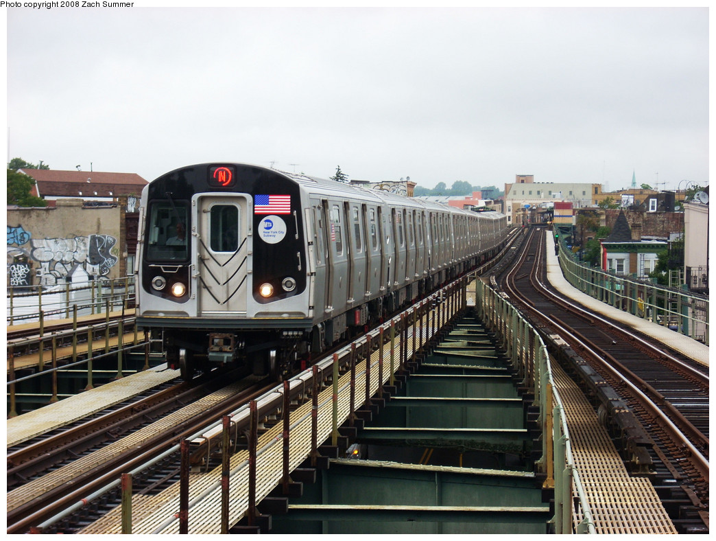 (298k, 1044x788)<br><b>Country:</b> United States<br><b>City:</b> New York<br><b>System:</b> New York City Transit<br><b>Line:</b> BMT West End Line<br><b>Location:</b> 62nd Street <br><b>Route:</b> N reroute<br><b>Car:</b> R-160A/R-160B Series (Number Unknown)  <br><b>Photo by:</b> Zach Summer<br><b>Date:</b> 7/24/2008<br><b>Viewed (this week/total):</b> 1 / 1517