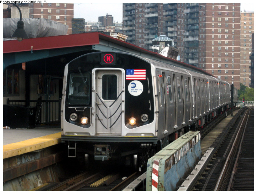 (194k, 820x620)<br><b>Country:</b> United States<br><b>City:</b> New York<br><b>System:</b> New York City Transit<br><b>Line:</b> BMT Nassau Street/Jamaica Line<br><b>Location:</b> Hewes Street <br><b>Route:</b> M<br><b>Car:</b> R-160A-1 (Alstom, 2005-2008, 4 car sets)   <br><b>Photo by:</b> Bill E.<br><b>Date:</b> 8/25/2008<br><b>Viewed (this week/total):</b> 3 / 1778