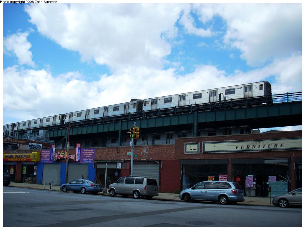 (234k, 1044x788)<br><b>Country:</b> United States<br><b>City:</b> New York<br><b>System:</b> New York City Transit<br><b>Line:</b> BMT Brighton Line<br><b>Location:</b> West 8th Street <br><b>Route:</b> Q<br><b>Car:</b> R-68A (Kawasaki, 1988-1989)  5032 <br><b>Photo by:</b> Zach Summer<br><b>Date:</b> 8/3/2008<br><b>Viewed (this week/total):</b> 1 / 2194