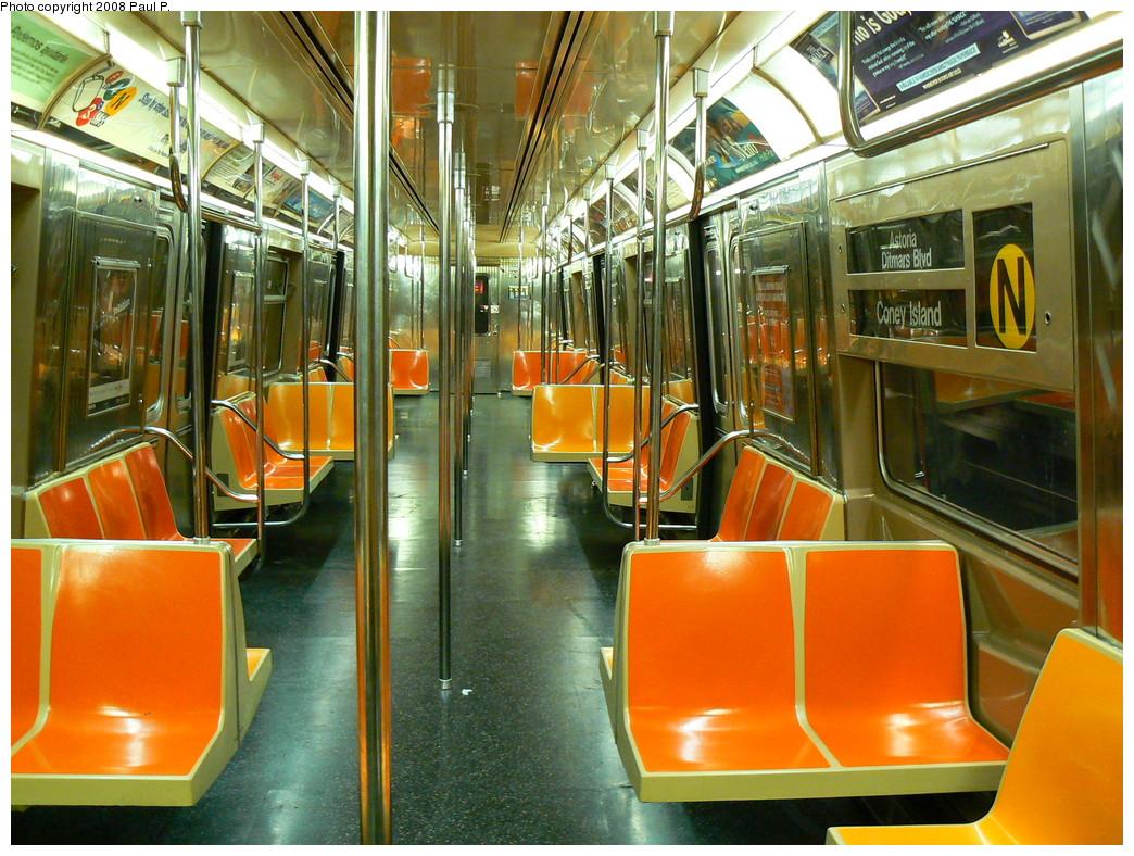 (316k, 1044x788)<br><b>Country:</b> United States<br><b>City:</b> New York<br><b>System:</b> New York City Transit<br><b>Route:</b> N<br><b>Car:</b> R-68 (Westinghouse-Amrail, 1986-1988)  Interior <br><b>Photo by:</b> Paul P.<br><b>Date:</b> 8/27/2008<br><b>Viewed (this week/total):</b> 0 / 2056