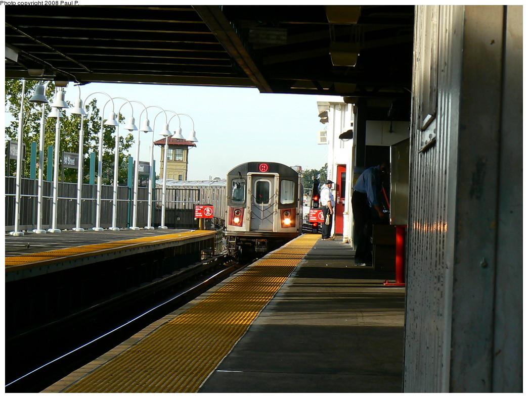 (253k, 1044x788)<br><b>Country:</b> United States<br><b>City:</b> New York<br><b>System:</b> New York City Transit<br><b>Line:</b> IRT White Plains Road Line<br><b>Location:</b> 241st Street <br><b>Route:</b> 2<br><b>Car:</b> R-142 or R-142A (Number Unknown)  <br><b>Photo by:</b> Paul P.<br><b>Date:</b> 8/27/2008<br><b>Viewed (this week/total):</b> 0 / 2905