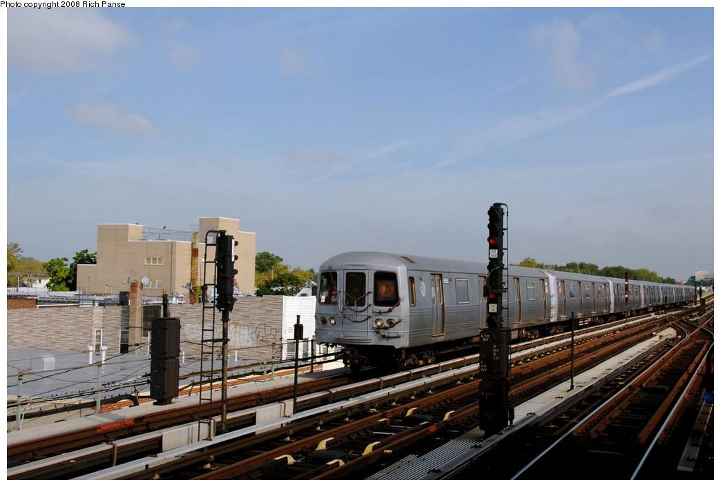 (155k, 1044x706)<br><b>Country:</b> United States<br><b>City:</b> New York<br><b>System:</b> New York City Transit<br><b>Line:</b> BMT Culver Line<br><b>Location:</b> Avenue X <br><b>Route:</b> F<br><b>Car:</b> R-46 (Pullman-Standard, 1974-75) 5750 <br><b>Photo by:</b> Richard Panse<br><b>Date:</b> 9/13/2008<br><b>Viewed (this week/total):</b> 0 / 1072