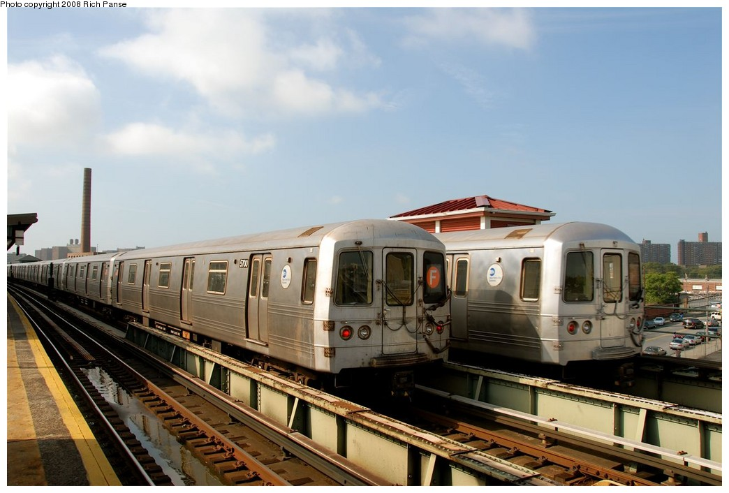 (164k, 1044x706)<br><b>Country:</b> United States<br><b>City:</b> New York<br><b>System:</b> New York City Transit<br><b>Line:</b> BMT Culver Line<br><b>Location:</b> Avenue X <br><b>Route:</b> F<br><b>Car:</b> R-46 (Pullman-Standard, 1974-75) 5700 <br><b>Photo by:</b> Richard Panse<br><b>Date:</b> 9/13/2008<br><b>Viewed (this week/total):</b> 0 / 1510