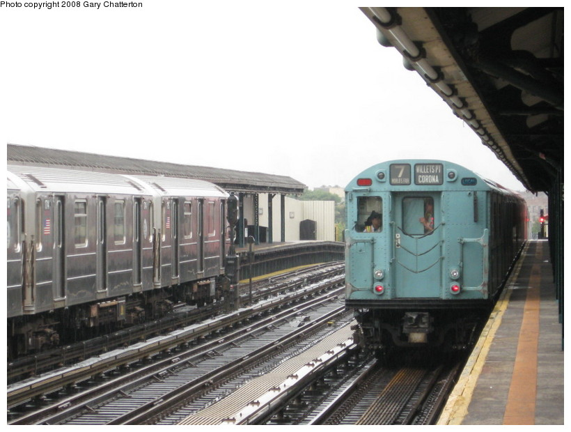 (124k, 820x620)<br><b>Country:</b> United States<br><b>City:</b> New York<br><b>System:</b> New York City Transit<br><b>Line:</b> IRT Flushing Line<br><b>Location:</b> 52nd Street/Lincoln Avenue <br><b>Route:</b> Museum Train Service (7)<br><b>Car:</b> R-33 World's Fair (St. Louis, 1963-64) 9306 <br><b>Photo by:</b> Gary Chatterton<br><b>Date:</b> 9/28/2008<br><b>Notes:</b> Shea Stadium closing day special<br><b>Viewed (this week/total):</b> 0 / 1638