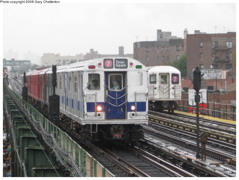 (143k, 820x620)<br><b>Country:</b> United States<br><b>City:</b> New York<br><b>System:</b> New York City Transit<br><b>Line:</b> IRT Flushing Line<br><b>Location:</b> 82nd Street/Jackson Heights <br><b>Route:</b> Museum Train Service (7)<br><b>Car:</b> R-33 Main Line (St. Louis, 1962-63) 9010 <br><b>Photo by:</b> Gary Chatterton<br><b>Date:</b> 9/28/2008<br><b>Notes:</b> Shea Stadium closing day special<br><b>Viewed (this week/total):</b> 2 / 1911