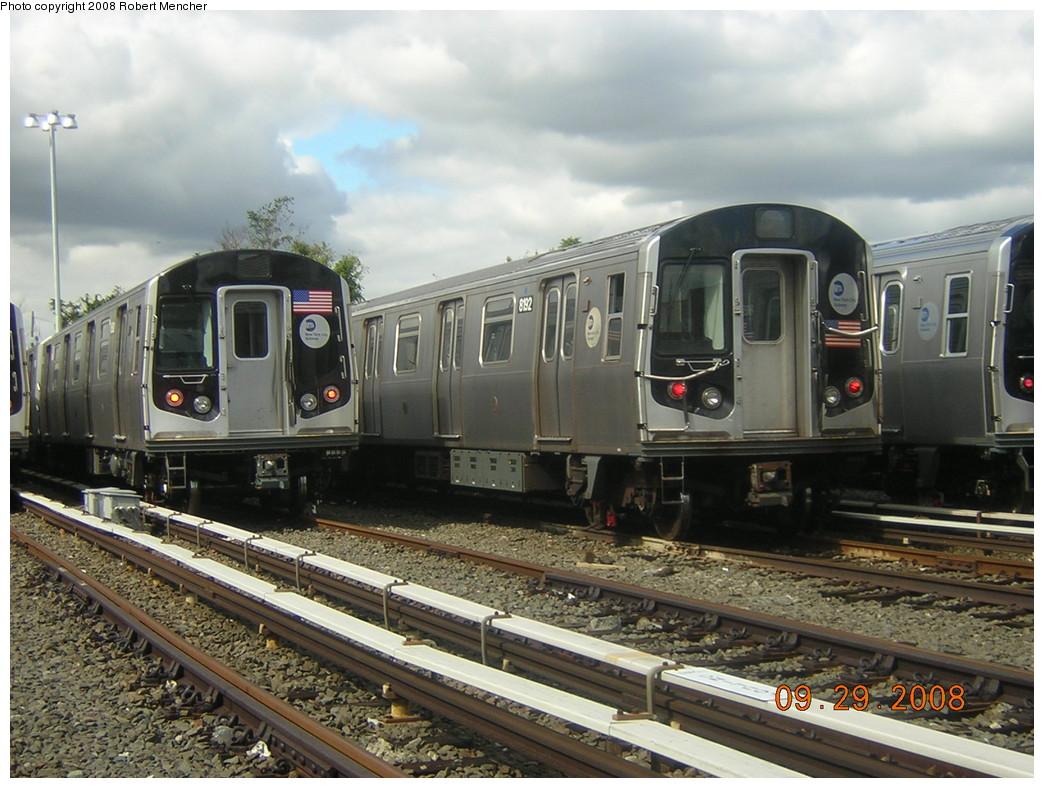 (257k, 1044x788)<br><b>Country:</b> United States<br><b>City:</b> New York<br><b>System:</b> New York City Transit<br><b>Location:</b> East New York Yard/Shops<br><b>Car:</b> R-143 (Kawasaki, 2001-2002) 8192 <br><b>Photo by:</b> Robert Mencher<br><b>Date:</b> 9/29/2008<br><b>Viewed (this week/total):</b> 1 / 1237