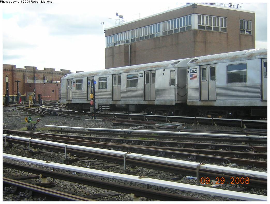 (258k, 1044x788)<br><b>Country:</b> United States<br><b>City:</b> New York<br><b>System:</b> New York City Transit<br><b>Location:</b> East New York Yard/Shops<br><b>Car:</b> R-42 (St. Louis, 1969-1970)  4773 <br><b>Photo by:</b> Robert Mencher<br><b>Date:</b> 9/29/2008<br><b>Viewed (this week/total):</b> 0 / 916