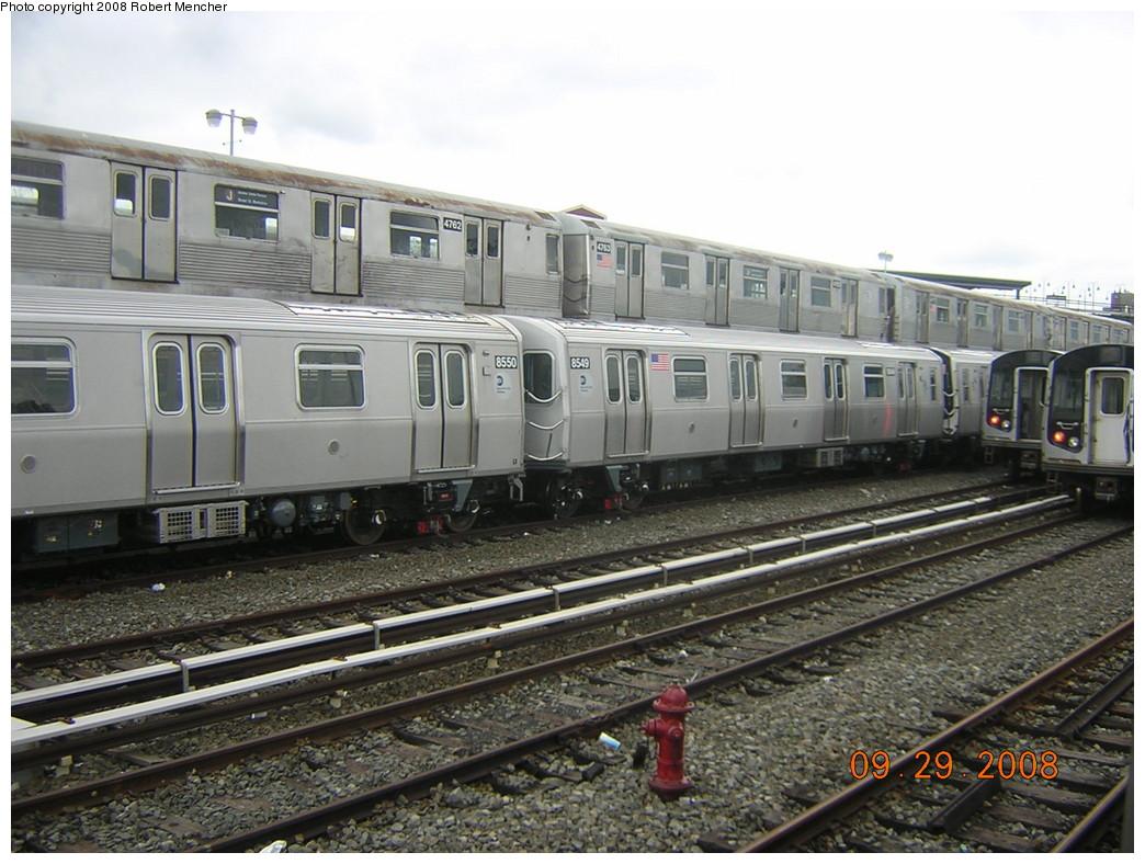 (255k, 1044x788)<br><b>Country:</b> United States<br><b>City:</b> New York<br><b>System:</b> New York City Transit<br><b>Location:</b> East New York Yard/Shops<br><b>Car:</b> R-42 (St. Louis, 1969-1970)  4762/4763 <br><b>Photo by:</b> Robert Mencher<br><b>Date:</b> 9/29/2008<br><b>Notes:</b> With R160A 8550/8549<br><b>Viewed (this week/total):</b> 3 / 1292