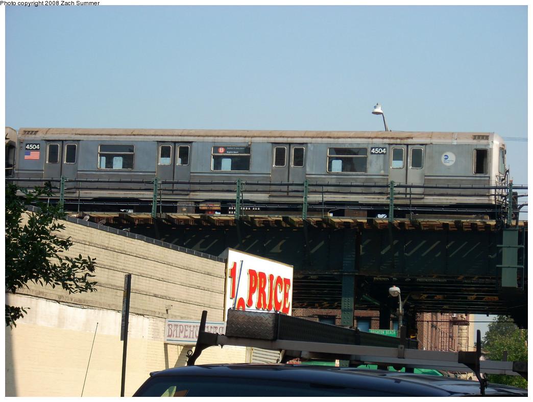 (254k, 1044x788)<br><b>Country:</b> United States<br><b>City:</b> New York<br><b>System:</b> New York City Transit<br><b>Line:</b> BMT Brighton Line<br><b>Location:</b> Brighton Beach <br><b>Route:</b> B layup<br><b>Car:</b> R-40M (St. Louis, 1969)  4504 <br><b>Photo by:</b> Zach Summer<br><b>Date:</b> 7/29/2008<br><b>Viewed (this week/total):</b> 2 / 1329