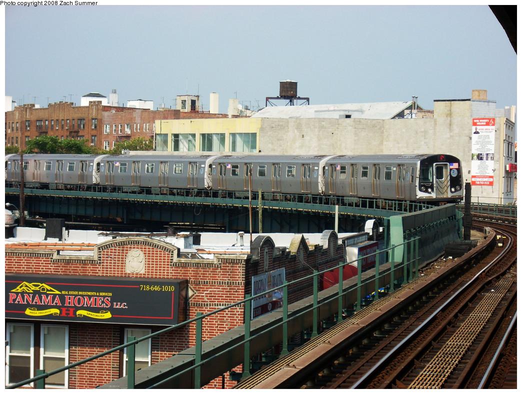 (333k, 1044x788)<br><b>Country:</b> United States<br><b>City:</b> New York<br><b>System:</b> New York City Transit<br><b>Line:</b> BMT Brighton Line<br><b>Location:</b> Brighton Beach <br><b>Route:</b> Q<br><b>Car:</b> R-160B (Kawasaki, 2005-2008)  8883 <br><b>Photo by:</b> Zach Summer<br><b>Date:</b> 7/29/2008<br><b>Viewed (this week/total):</b> 0 / 1608