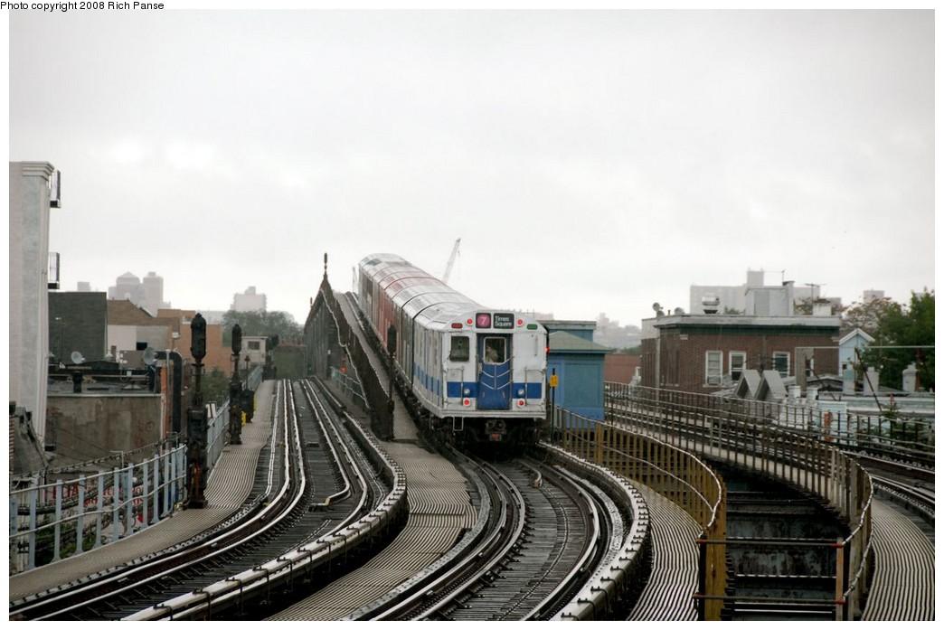 (167k, 1044x697)<br><b>Country:</b> United States<br><b>City:</b> New York<br><b>System:</b> New York City Transit<br><b>Line:</b> IRT Flushing Line<br><b>Location:</b> 103rd Street/Corona Plaza <br><b>Route:</b> Museum Train Service (7)<br><b>Car:</b> R-33 Main Line (St. Louis, 1962-63) 9010 <br><b>Photo by:</b> Richard Panse<br><b>Date:</b> 9/28/2008<br><b>Viewed (this week/total):</b> 0 / 1871
