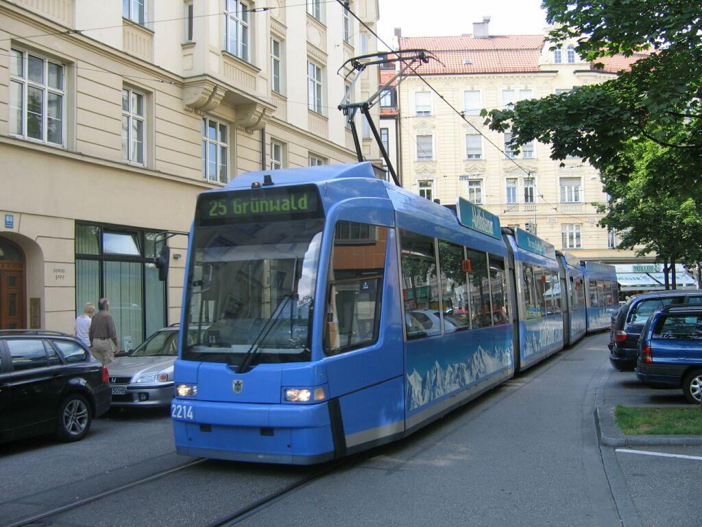 (155k, 1024x768)<br><b>Country:</b> Germany<br><b>City:</b> Munich<br><b>System:</b> MVG (Munchener Verkehrsgesellschaft)<br><b>Route:</b> 25<br><b>Car:</b> Adtranz R3.3  2214 <br><b>Photo by:</b> Jos Straathof<br><b>Date:</b> 8/14/2008<br><b>Viewed (this week/total):</b> 0 / 443