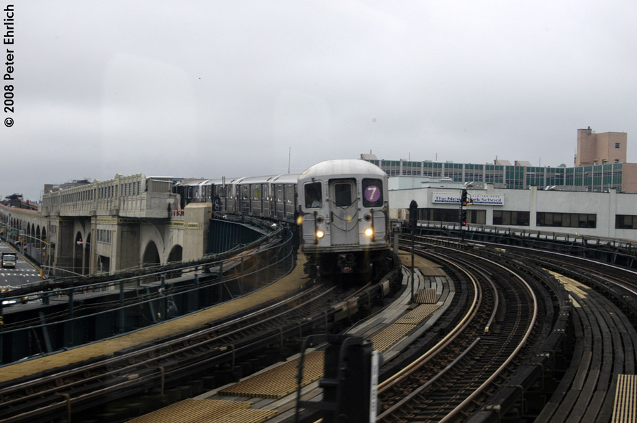 (173k, 930x618)<br><b>Country:</b> United States<br><b>City:</b> New York<br><b>System:</b> New York City Transit<br><b>Line:</b> IRT Flushing Line<br><b>Location:</b> 33rd Street/Rawson Street <br><b>Route:</b> 7<br><b>Car:</b> R-62A (Bombardier, 1984-1987)  1746 <br><b>Photo by:</b> Peter Ehrlich<br><b>Date:</b> 9/28/2008<br><b>Notes:</b> Leaving 33 Street-Rawson Street inbound.<br><b>Viewed (this week/total):</b> 0 / 1357