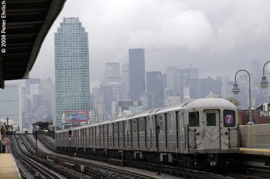 (171k, 930x618)<br><b>Country:</b> United States<br><b>City:</b> New York<br><b>System:</b> New York City Transit<br><b>Line:</b> IRT Flushing Line<br><b>Location:</b> 46th Street/Bliss Street <br><b>Route:</b> 7<br><b>Car:</b> R-62A (Bombardier, 1984-1987)  2145 <br><b>Photo by:</b> Peter Ehrlich<br><b>Date:</b> 9/28/2008<br><b>Notes:</b> Leaving 46 Street-Bliss Street inbound, trailing view.<br><b>Viewed (this week/total):</b> 1 / 1448
