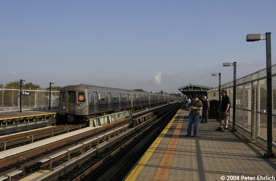 (177k, 930x610)<br><b>Country:</b> United States<br><b>City:</b> New York<br><b>System:</b> New York City Transit<br><b>Line:</b> BMT West End Line<br><b>Location:</b> 79th Street <br><b>Route:</b> D<br><b>Car:</b> R-68 (Westinghouse-Amrail, 1986-1988)  2506 <br><b>Photo by:</b> Peter Ehrlich<br><b>Date:</b> 9/30/2008<br><b>Notes:</b> Outbound train.<br><b>Viewed (this week/total):</b> 0 / 1797