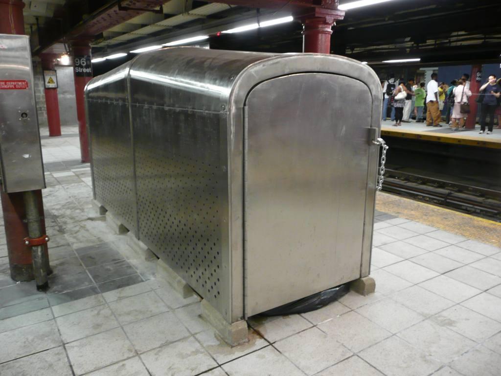 (109k, 1024x768)<br><b>Country:</b> United States<br><b>City:</b> New York<br><b>System:</b> New York City Transit<br><b>Line:</b> IRT West Side Line<br><b>Location:</b> 96th Street <br><b>Photo by:</b> Robbie Rosenfeld<br><b>Date:</b> 6/24/2010<br><b>Notes:</b> Trash bin holder on platform.<br><b>Viewed (this week/total):</b> 0 / 801
