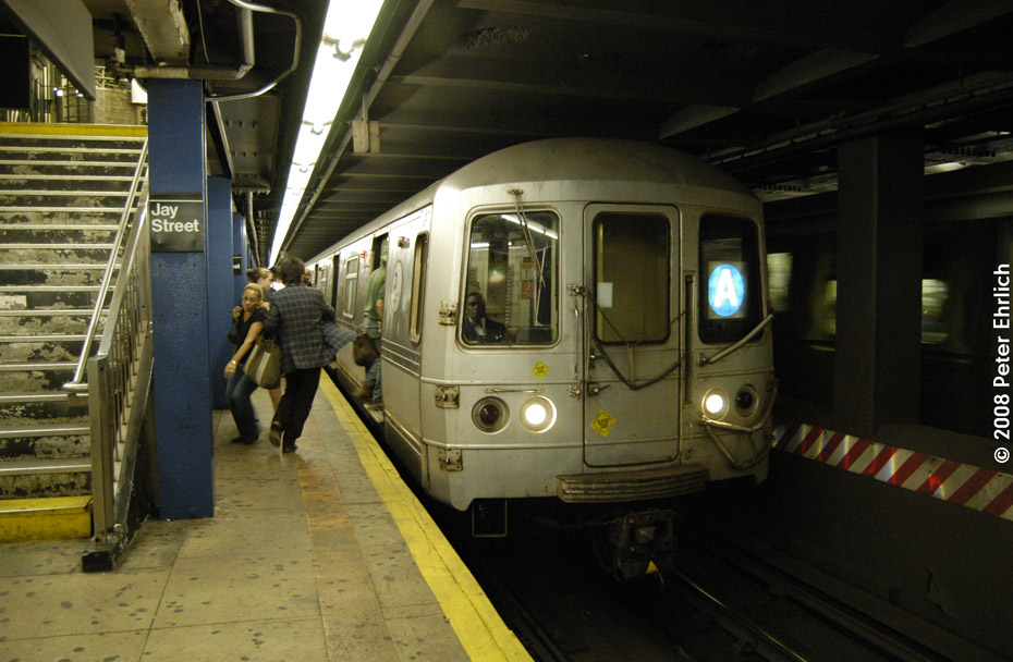 (196k, 930x608)<br><b>Country:</b> United States<br><b>City:</b> New York<br><b>System:</b> New York City Transit<br><b>Line:</b> IND 8th Avenue Line<br><b>Location:</b> Jay St./Metrotech (Borough Hall) <br><b>Route:</b> A<br><b>Car:</b> R-46 (Pullman-Standard, 1974-75) 5482 <br><b>Photo by:</b> Peter Ehrlich<br><b>Date:</b> 9/30/2008<br><b>Notes:</b> Jay-Boro Hall inbound.<br><b>Viewed (this week/total):</b> 1 / 2047