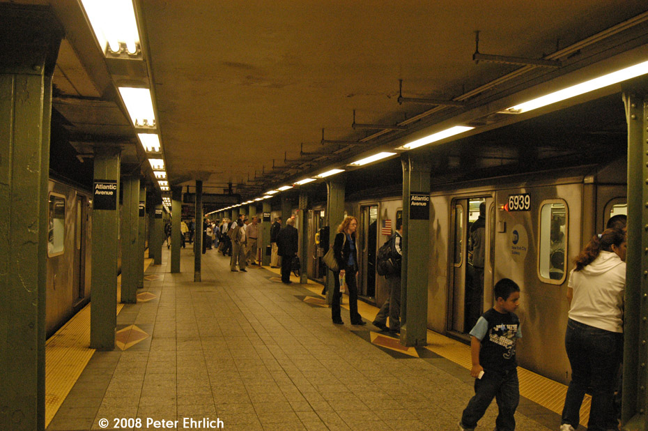 (232k, 930x618)<br><b>Country:</b> United States<br><b>City:</b> New York<br><b>System:</b> New York City Transit<br><b>Line:</b> IRT Brooklyn Line<br><b>Location:</b> Atlantic Avenue <br><b>Car:</b> R-142 (Primary Order, Bombardier, 1999-2002)  6939 <br><b>Photo by:</b> Peter Ehrlich<br><b>Date:</b> 9/30/2008<br><b>Notes:</b> Atlantic Avenue inbound.<br><b>Viewed (this week/total):</b> 2 / 2710
