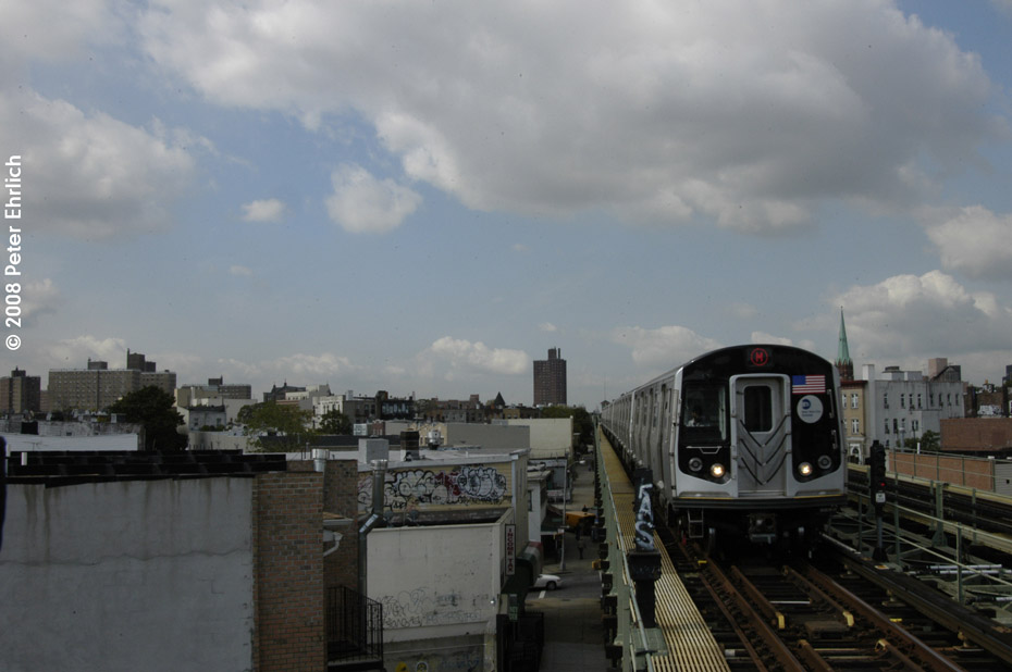(139k, 930x618)<br><b>Country:</b> United States<br><b>City:</b> New York<br><b>System:</b> New York City Transit<br><b>Line:</b> BMT Myrtle Avenue Line<br><b>Location:</b> Central Avenue <br><b>Route:</b> M<br><b>Car:</b> R-160A-1 (Alstom, 2005-2008, 4 car sets)  8417 <br><b>Photo by:</b> Peter Ehrlich<br><b>Date:</b> 9/30/2008<br><b>Notes:</b> Outbound train.<br><b>Viewed (this week/total):</b> 0 / 1596