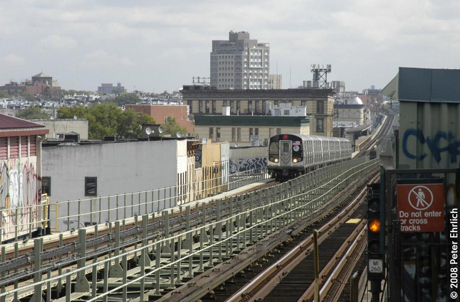 (220k, 930x611)<br><b>Country:</b> United States<br><b>City:</b> New York<br><b>System:</b> New York City Transit<br><b>Line:</b> BMT Myrtle Avenue Line<br><b>Location:</b> Central Avenue <br><b>Route:</b> M<br><b>Car:</b> R-160A-1 (Alstom, 2005-2008, 4 car sets)  8429 <br><b>Photo by:</b> Peter Ehrlich<br><b>Date:</b> 9/30/2008<br><b>Notes:</b> Inbound train.<br><b>Viewed (this week/total):</b> 0 / 2215