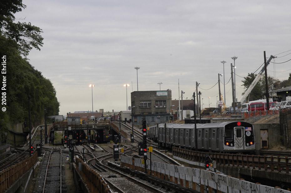 (178k, 930x618)<br><b>Country:</b> United States<br><b>City:</b> New York<br><b>System:</b> New York City Transit<br><b>Line:</b> BMT West End Line<br><b>Location:</b> 9th Avenue <br><b>Route:</b> M<br><b>Car:</b> R-160A-1 (Alstom, 2005-2008, 4 car sets)  8429 <br><b>Photo by:</b> Peter Ehrlich<br><b>Date:</b> 9/30/2008<br><b>Notes:</b> Inbound train.<br><b>Viewed (this week/total):</b> 0 / 2305