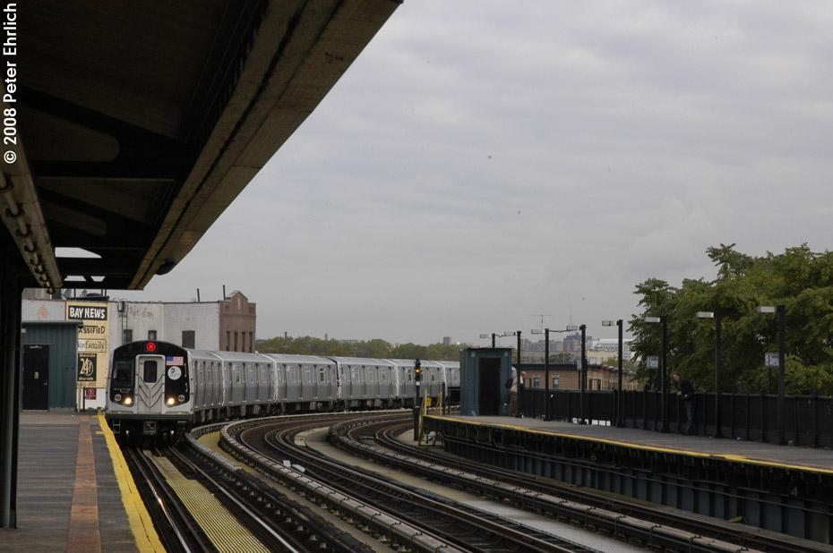 (159k, 930x618)<br><b>Country:</b> United States<br><b>City:</b> New York<br><b>System:</b> New York City Transit<br><b>Line:</b> BMT West End Line<br><b>Location:</b> 18th Avenue <br><b>Route:</b> M<br><b>Car:</b> R-160A-1 (Alstom, 2005-2008, 4 car sets)  8464 <br><b>Photo by:</b> Peter Ehrlich<br><b>Date:</b> 9/30/2008<br><b>Notes:</b> Outbound train.<br><b>Viewed (this week/total):</b> 2 / 1439