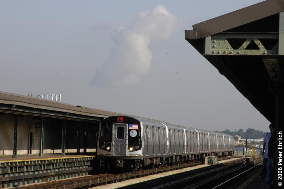 (145k, 930x618)<br><b>Country:</b> United States<br><b>City:</b> New York<br><b>System:</b> New York City Transit<br><b>Line:</b> BMT West End Line<br><b>Location:</b> 71st Street <br><b>Route:</b> M<br><b>Car:</b> R-160A-1 (Alstom, 2005-2008, 4 car sets)  8472 <br><b>Photo by:</b> Peter Ehrlich<br><b>Date:</b> 9/30/2008<br><b>Notes:</b> Outbound train.<br><b>Viewed (this week/total):</b> 1 / 1416
