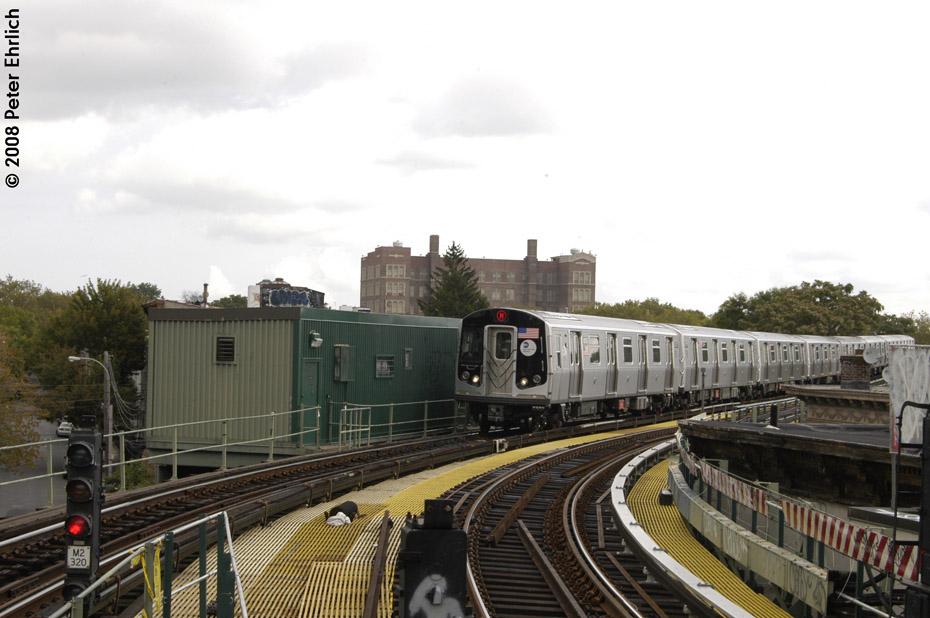 (180k, 930x618)<br><b>Country:</b> United States<br><b>City:</b> New York<br><b>System:</b> New York City Transit<br><b>Line:</b> BMT Myrtle Avenue Line<br><b>Location:</b> Seneca Avenue <br><b>Route:</b> M<br><b>Car:</b> R-160A-1 (Alstom, 2005-2008, 4 car sets)  8573 <br><b>Photo by:</b> Peter Ehrlich<br><b>Date:</b> 9/30/2008<br><b>Notes:</b> Inbound train.<br><b>Viewed (this week/total):</b> 0 / 1518