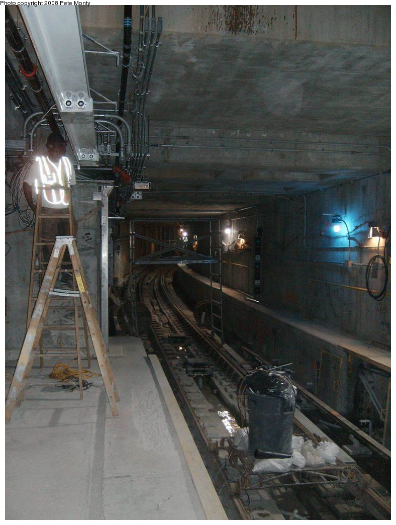(208k, 788x1044)<br><b>Country:</b> United States<br><b>City:</b> New York<br><b>System:</b> New York City Transit<br><b>Line:</b> IRT West Side Line<br><b>Location:</b> South Ferry (New Station) <br><b>Photo by:</b> Pete Monty<br><b>Date:</b> 10/13/2008<br><b>Viewed (this week/total):</b> 0 / 2982