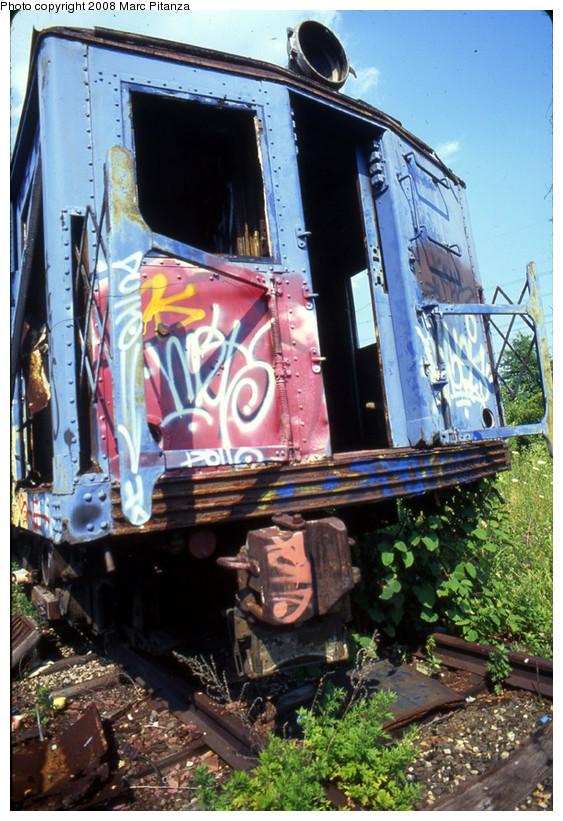 (204k, 563x821)<br><b>Country:</b> United States<br><b>City:</b> New York<br><b>System:</b> New York City Transit<br><b>Line:</b> SIRT<br><b>Location:</b> Travis Yard, Staten Island<br><b>Car:</b> SIRT ME-1 (Motor) 353 <br><b>Photo by:</b> Marc Pitanza<br><b>Date:</b> 7/17/2002<br><b>Viewed (this week/total):</b> 2 / 2079