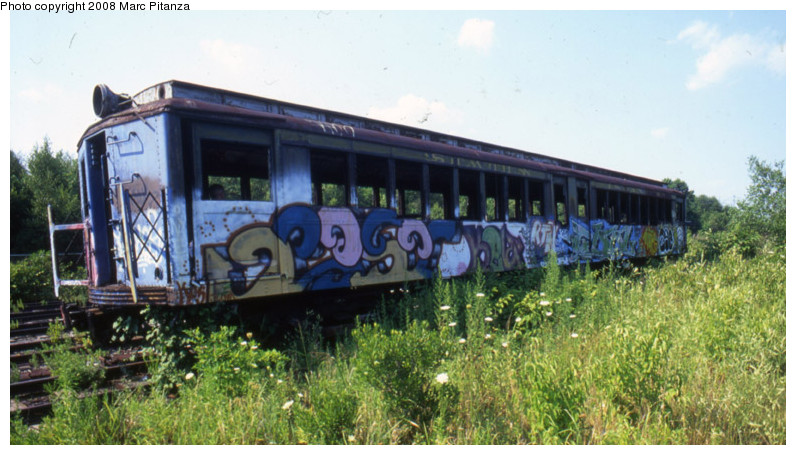 (139k, 796x455)<br><b>Country:</b> United States<br><b>City:</b> New York<br><b>System:</b> New York City Transit<br><b>Line:</b> SIRT<br><b>Location:</b> Travis Yard, Staten Island<br><b>Car:</b> SIRT ME-1 (Motor) 353 <br><b>Photo by:</b> Marc Pitanza<br><b>Date:</b> 7/17/2002<br><b>Viewed (this week/total):</b> 2 / 2741