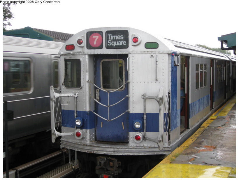 (116k, 820x620)<br><b>Country:</b> United States<br><b>City:</b> New York<br><b>System:</b> New York City Transit<br><b>Line:</b> IRT Flushing Line<br><b>Location:</b> Willets Point/Mets (fmr. Shea Stadium) <br><b>Route:</b> Museum Train Service (7)<br><b>Car:</b> R-33 Main Line (St. Louis, 1962-63) 9010 <br><b>Photo by:</b> Gary Chatterton<br><b>Date:</b> 9/28/2008<br><b>Viewed (this week/total):</b> 1 / 1756