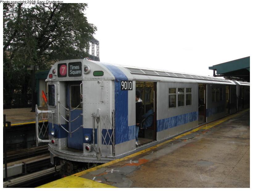 (123k, 820x620)<br><b>Country:</b> United States<br><b>City:</b> New York<br><b>System:</b> New York City Transit<br><b>Line:</b> IRT Flushing Line<br><b>Location:</b> Willets Point/Mets (fmr. Shea Stadium) <br><b>Route:</b> Museum Train Service (7)<br><b>Car:</b> R-33 Main Line (St. Louis, 1962-63) 9010 <br><b>Photo by:</b> Gary Chatterton<br><b>Date:</b> 9/28/2008<br><b>Viewed (this week/total):</b> 1 / 1385