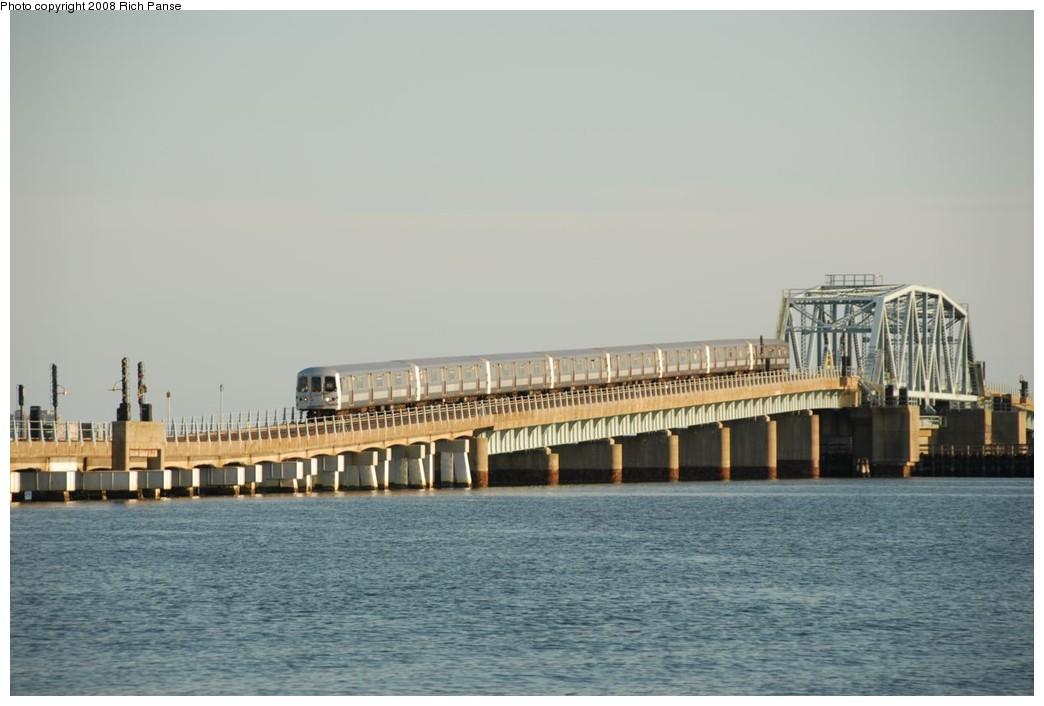 (164k, 1044x706)<br><b>Country:</b> United States<br><b>City:</b> New York<br><b>System:</b> New York City Transit<br><b>Line:</b> IND Rockaway<br><b>Location:</b> North Channel Bridge <br><b>Route:</b> A<br><b>Car:</b> R-44 (St. Louis, 1971-73) 5220 <br><b>Photo by:</b> Richard Panse<br><b>Date:</b> 9/23/2008<br><b>Viewed (this week/total):</b> 0 / 1324