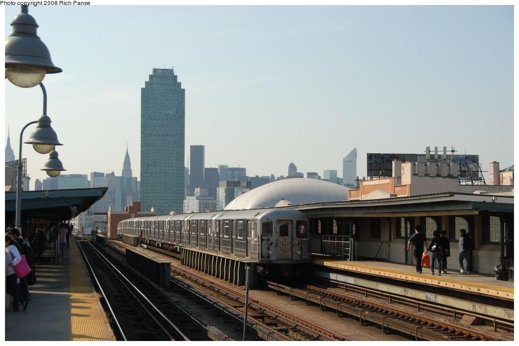 (145k, 1044x697)<br><b>Country:</b> United States<br><b>City:</b> New York<br><b>System:</b> New York City Transit<br><b>Line:</b> IRT Flushing Line<br><b>Location:</b> 33rd Street/Rawson Street <br><b>Route:</b> 7<br><b>Car:</b> R-62A (Bombardier, 1984-1987)  2021 <br><b>Photo by:</b> Richard Panse<br><b>Date:</b> 9/24/2008<br><b>Viewed (this week/total):</b> 3 / 1475