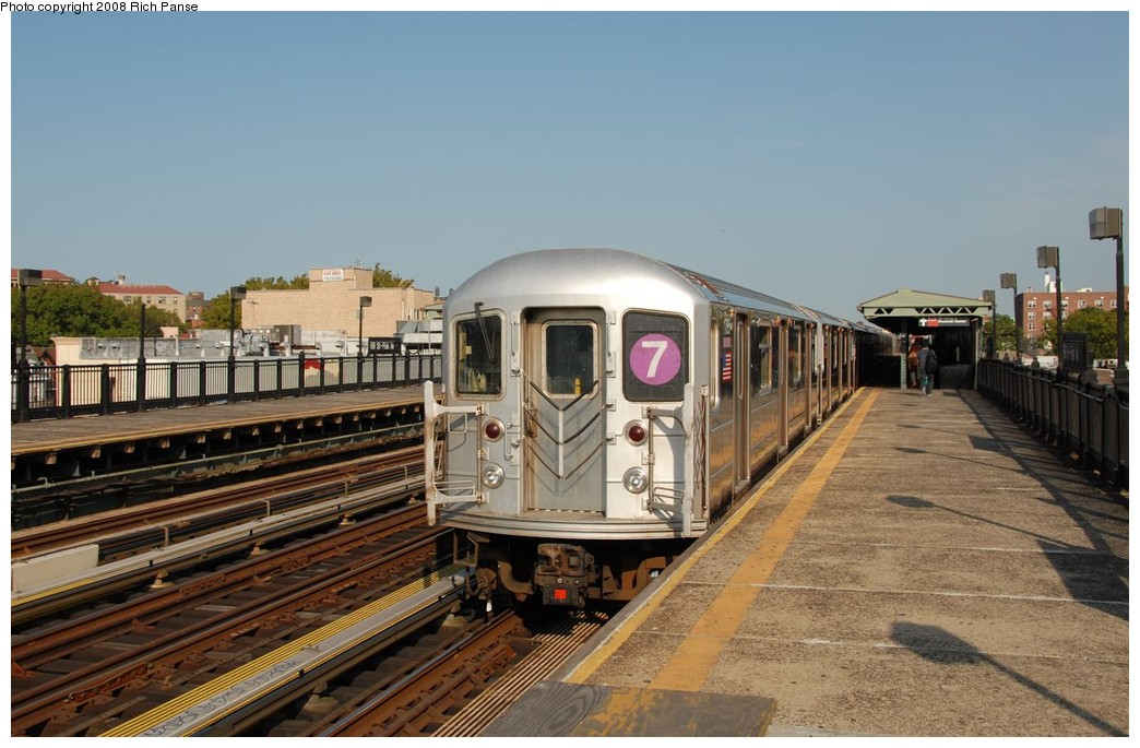 (181k, 1044x685)<br><b>Country:</b> United States<br><b>City:</b> New York<br><b>System:</b> New York City Transit<br><b>Line:</b> IRT Flushing Line<br><b>Location:</b> 69th Street/Fisk Avenue <br><b>Route:</b> 7<br><b>Car:</b> R-62A (Bombardier, 1984-1987)  1785 <br><b>Photo by:</b> Richard Panse<br><b>Date:</b> 9/24/2008<br><b>Viewed (this week/total):</b> 0 / 1185