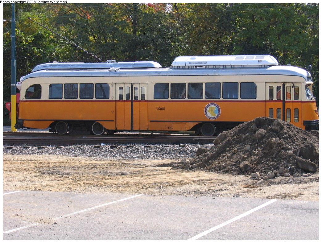 (305k, 1044x788)<br><b>Country:</b> United States<br><b>City:</b> Boston, MA<br><b>System:</b> MBTA<br><b>Line:</b> MBTA Mattapan-Ashmont Line<br><b>Location:</b> Mattapan <br><b>Car:</b> MBTA/BSRy PCC Wartime (Pullman-Standard, 1945-46)  3265 <br><b>Photo by:</b> Jeremy Whiteman<br><b>Date:</b> 10/14/2008<br><b>Viewed (this week/total):</b> 0 / 648