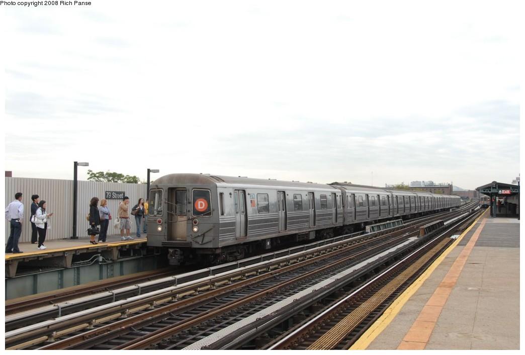 (168k, 1044x706)<br><b>Country:</b> United States<br><b>City:</b> New York<br><b>System:</b> New York City Transit<br><b>Line:</b> BMT West End Line<br><b>Location:</b> 79th Street <br><b>Route:</b> D<br><b>Car:</b> R-68 (Westinghouse-Amrail, 1986-1988)  2776 <br><b>Photo by:</b> Richard Panse<br><b>Date:</b> 9/30/2008<br><b>Viewed (this week/total):</b> 2 / 1727
