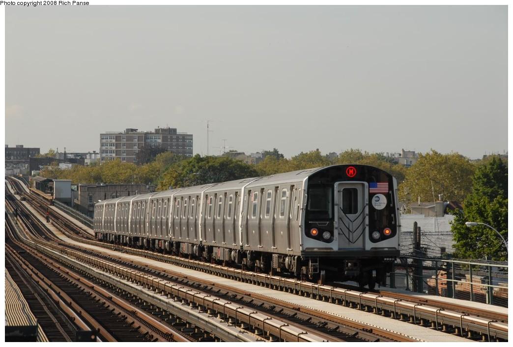 (205k, 1044x706)<br><b>Country:</b> United States<br><b>City:</b> New York<br><b>System:</b> New York City Transit<br><b>Line:</b> BMT West End Line<br><b>Location:</b> 71st Street <br><b>Route:</b> M<br><b>Car:</b> R-160A-1 (Alstom, 2005-2008, 4 car sets)  8423 <br><b>Photo by:</b> Richard Panse<br><b>Date:</b> 9/30/2008<br><b>Viewed (this week/total):</b> 0 / 1516